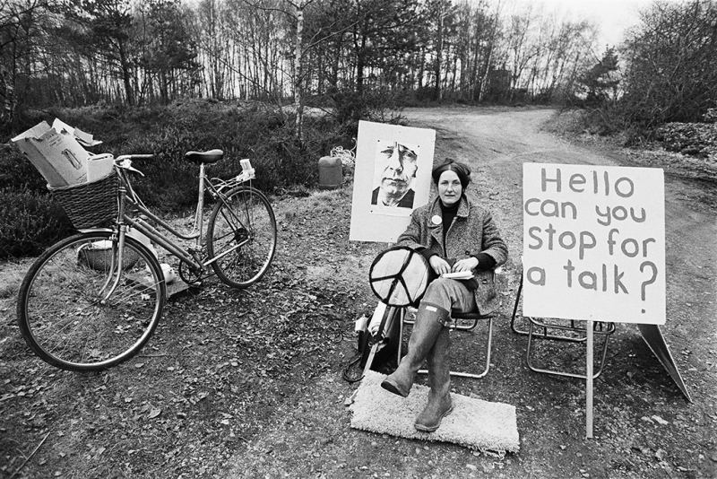 Picket: RAF/USAF Greenham Common, February 1982 by Ed Barber.