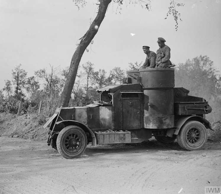 Second Battle of the Somme. An armoured car about to start on a reconnaissance near Biefvillers, 25 August 1918.