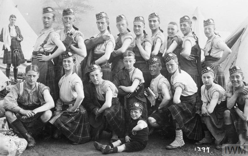 E Company Liverpool Scottish Regiment after vaccination, c. 1914.