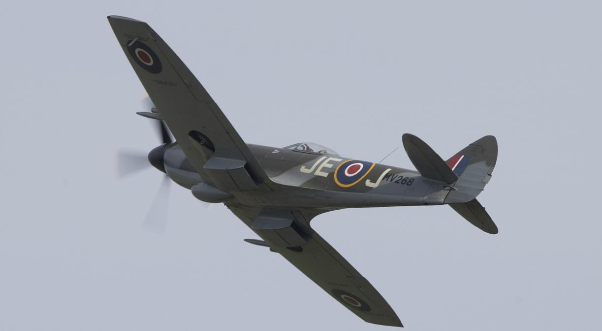 Supermarine Spitfire MkXIV MV293