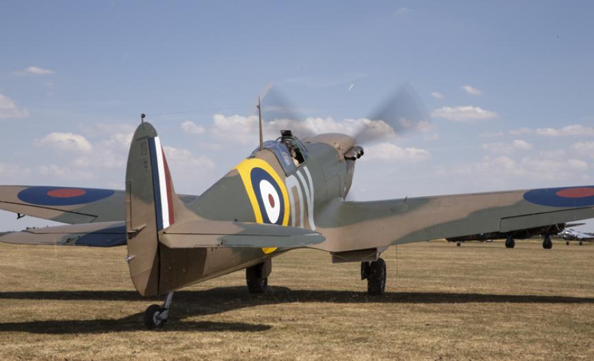 Spitfire N3200 at Duxford Air Shows
