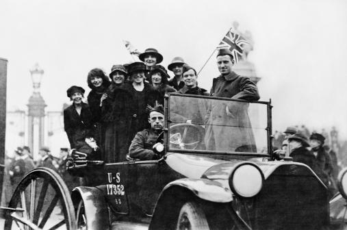 © IWM (Q 65858). A group of happy girls in an American automobile in London on the day the Armistice was signed, 11 November 1918