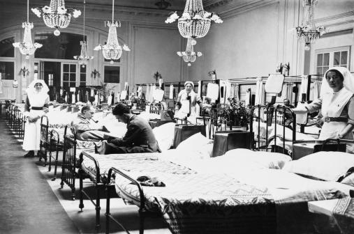 oluntary Aid Detachment, Order of St John (VAD) nurses and convalescents in a ward in the Duchess of Westminster's (No.1 Red Cross) Hospital at Le Touquet (Le-Touquet-Paris-Plage), 18th June 1917.