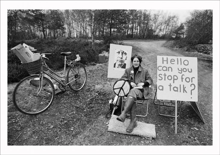 A picket mounted by the Women's Peace Camp at RAF/USAF Greenham Common, Berkshire, 1982. Image © Edward Barber.