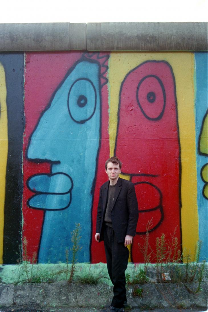 Thierry Noir by the Berlin Wall in the 1980s